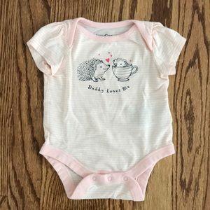 Gap 0-3 Months Daddy Loves Me Pink Hedgehog Onesie